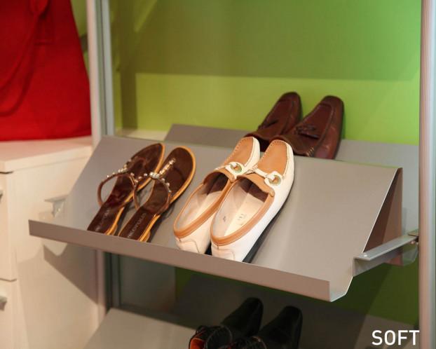 Geschlossene Schuhablage für Schranksystem in 2 Systembreiten