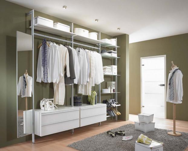 Schranksystem FORTIS+ für eine offene Gestaltung des Kleiderschranks